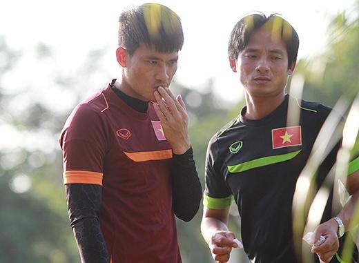 Sau khi được bác sĩ chăm sóc, Công Vinh trở lại tập tiếp cùng các đồng đội. Chân sút từng ba lần giành danh hiệu Quả bóng Vàng Việt Nam (năm 2004, 2006 và 2007) đang vào phom tại AFF Cup 2014, khi ghi bàn trong cả hai trận gặp Indonesia và Lào.