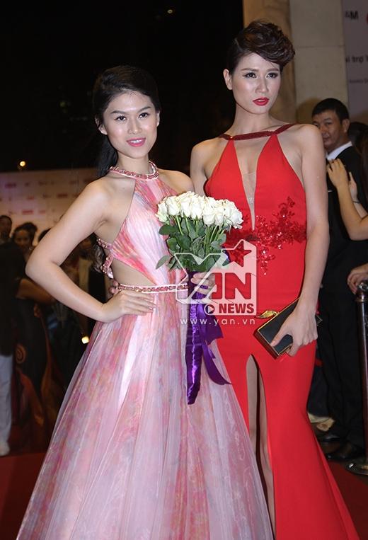 Hai người đẹp Ngọc Thanh Tâm và Trang Trần rạng rỡ xuất hiện cùng nhau trên thảm đỏ - Tin sao Viet - Tin tuc sao Viet - Scandal sao Viet - Tin tuc cua Sao - Tin cua Sao