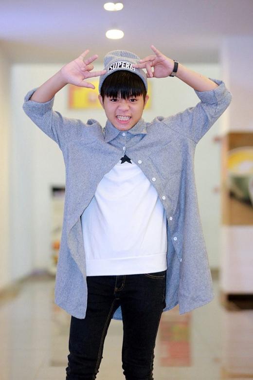 Quang Anh sẽ giúp đỡ đàn em Mai Chí Công để đồng hành cùng Hà Duy - Dương Hoàng Yến trong hai ca khúc Gặp mẹ trong mơ và Quê nhà