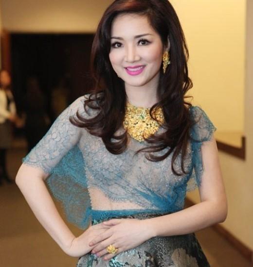 Sao Việt đứng tuổi vẫn không ngại mặc hở - Tin sao Viet - Tin tuc sao Viet - Scandal sao Viet - Tin tuc cua Sao - Tin cua Sao