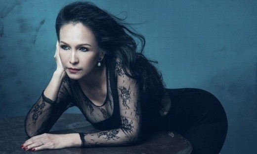 Tạo dáng bạo dạn trong chiếc váy bó, ôm sát vòng 3 của nữ diễn viên nổi tiếng. - Tin sao Viet - Tin tuc sao Viet - Scandal sao Viet - Tin tuc cua Sao - Tin cua Sao