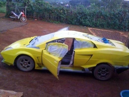 Chiếc Lamborghini Aventador nhái tại Đắk Nông.