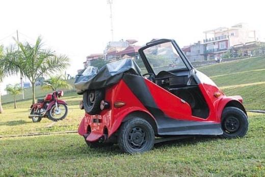Ôtô tự chế từ động cơ Honda Spacy 125cc.