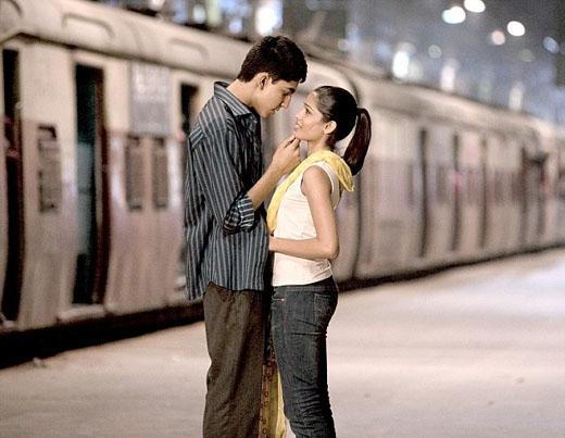 Cặp đôi đã gặp gỡ và yêu nhau từ bộ phim nổi tiếng Triệu phú khu ổ chuột