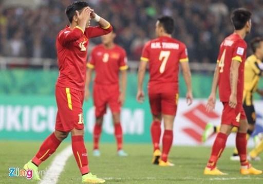 ĐT Việt Nam gây thất vọng trước khán giả nhà. Ảnh: Lê Hồ.