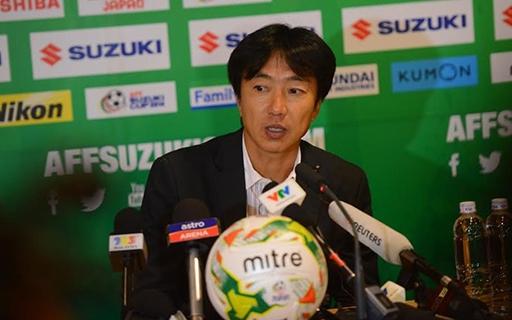 Thất bại trước Malaysia là một trong những trận đấu thất vọng nhất trong sự nghiệp của HLV Miura. Ảnh: Tùng Lê.