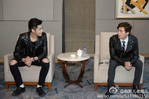 Kris và Lý Dịch Phong vừa gặp mặt đã thân thiết