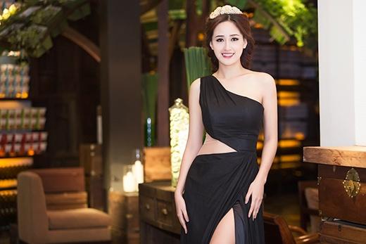 Hoa hậu Mai Phương Thúy khoe eo thon, chân dài miên man - Tin sao Viet - Tin tuc sao Viet - Scandal sao Viet - Tin tuc cua Sao - Tin cua Sao