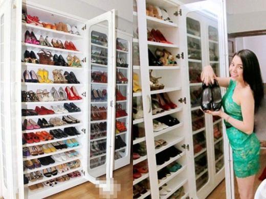 Trà Ngọc Hằng là một con trong những tín đồ về giày dép. Cô đóng tủ giày với nhiều tầng để tiện trưng bày mẫu mình yêu thích từ các thương hiệu nổi tiếng trên thế giới. - Tin sao Viet - Tin tuc sao Viet - Scandal sao Viet - Tin tuc cua Sao - Tin cua Sao
