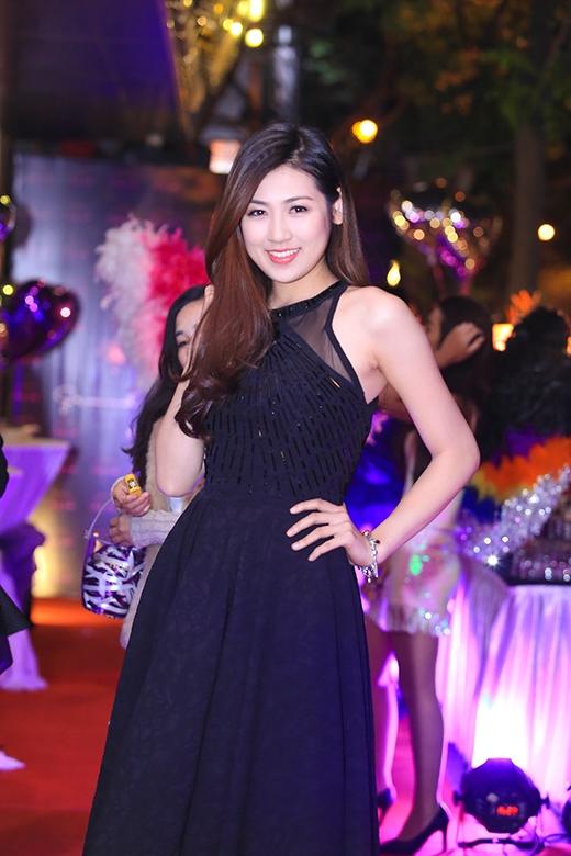 Sau hai năm trở thành Á hậu Hoa hậu Việt Nam, Tú Anh ngày càng trưởng thành và xinh đẹp hơn - Tin sao Viet - Tin tuc sao Viet - Scandal sao Viet - Tin tuc cua Sao - Tin cua Sao