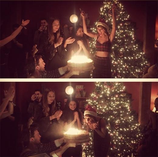 Taylor Swift thổi nến sinh nhật cùng bạn bè