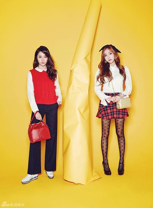 Jessica và Krystal nổi bần bật với bộ sưu tập túi xách