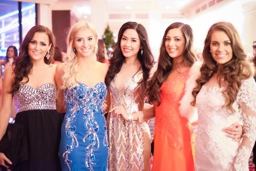 Nhìn lại quá trình phấn đấu của Nguyễn Thị Loan tại Miss World - Tin sao Viet - Tin tuc sao Viet - Scandal sao Viet - Tin tuc cua Sao - Tin cua Sao