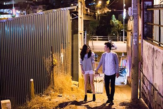 Chồng sắp cưới lãng mạn hôn Lê Khánh giữa phố - Tin sao Viet - Tin tuc sao Viet - Scandal sao Viet - Tin tuc cua Sao - Tin cua Sao