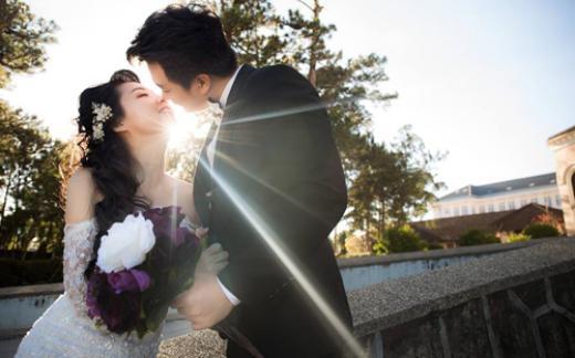 Hình cưới của Lê Khánh và Tuấn Khải tại Đà Lạt. - Tin sao Viet - Tin tuc sao Viet - Scandal sao Viet - Tin tuc cua Sao - Tin cua Sao