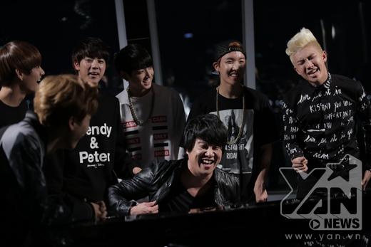Sau khi ra mắt MV Danger Mo-Blue Mix cùng BTS, ca - nhạc sĩ Thanh Bùi đã khởi xướng cuộc thi Danger Cover cho phần điệp khúc bằng tiếng Việt