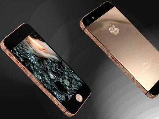 Goldstriker cũng sản xuất phiên bản iPhone 5S Rose Gold Ambassador . Bạn phải bỏ ra khoảng 6.000 USD để có được sản phẩm tinh tế này.