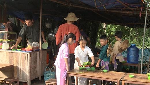 MC Phan Anh bán bánh xèo, Hoàng Bách và Minh Khang rửa xe thuê - Tin sao Viet - Tin tuc sao Viet - Scandal sao Viet - Tin tuc cua Sao - Tin cua Sao