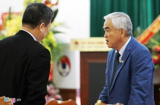 Chủ tịch VFF Lê Hùng Dũng tuyên bố sẽ mời công an điều tra tiêu cực tại AFF Cup 2014. Ảnh: Tùng Lê