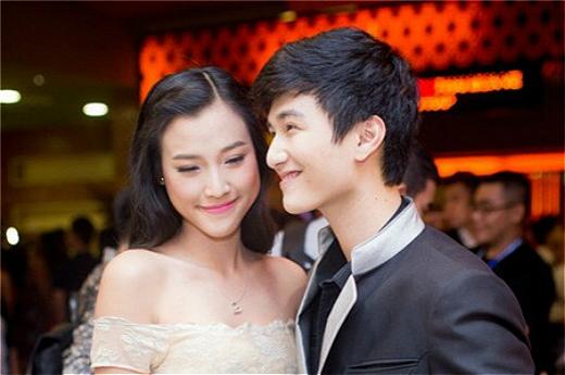 Hoàng Oanh tâm sự rằng cô tin tưởng vào tình cảm của Huỳnh Anh dành cho mình. - Tin sao Viet - Tin tuc sao Viet - Scandal sao Viet - Tin tuc cua Sao - Tin cua Sao