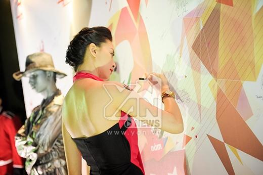 Đàm Vĩnh Hưng - Thu Minh - Hồng Ngọc ngẫu hứng kết hợp - Tin sao Viet - Tin tuc sao Viet - Scandal sao Viet - Tin tuc cua Sao - Tin cua Sao