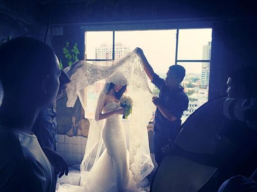 Đột nhập hậu trường chụp ảnh cưới của Thủy Tiên - Công Vinh - Tin sao Viet - Tin tuc sao Viet - Scandal sao Viet - Tin tuc cua Sao - Tin cua Sao