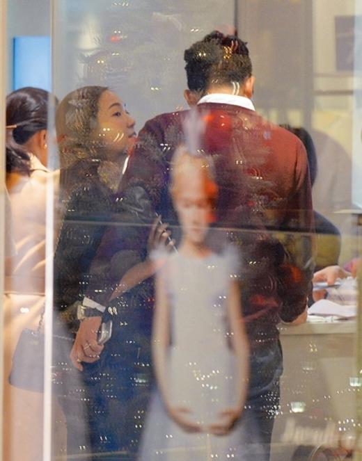 Một sồ hình ảnh của Jessica và Tyler Kwon bị truyền thông Hong Kong bắt gặp