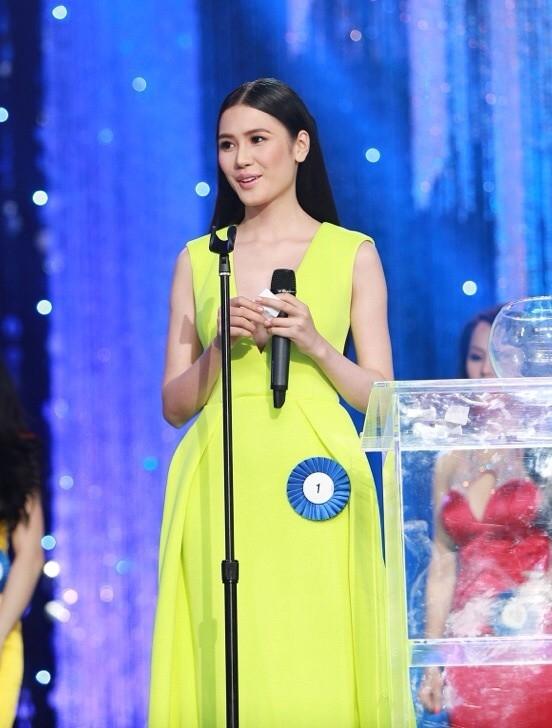 Năm 2014: Người đẹp Việt đua nhau đi thi Hoa hậu chui - Tin sao Viet - Tin tuc sao Viet - Scandal sao Viet - Tin tuc cua Sao - Tin cua Sao