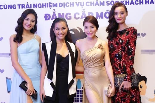 Kiwi Ngô Mai Trang diện váy xẻ khoe eo thon gợi cảm - Tin sao Viet - Tin tuc sao Viet - Scandal sao Viet - Tin tuc cua Sao - Tin cua Sao