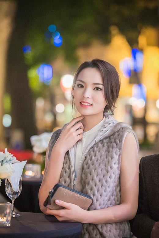 Hoa hậu Kỳ Duyên lần đầu đi event của showbiz - Tin sao Viet - Tin tuc sao Viet - Scandal sao Viet - Tin tuc cua Sao - Tin cua Sao