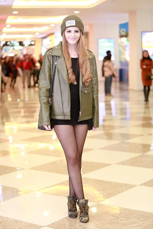 Chân dài Andrea đầy cá tính, sành điệu - Tin sao Viet - Tin tuc sao Viet - Scandal sao Viet - Tin tuc cua Sao - Tin cua Sao