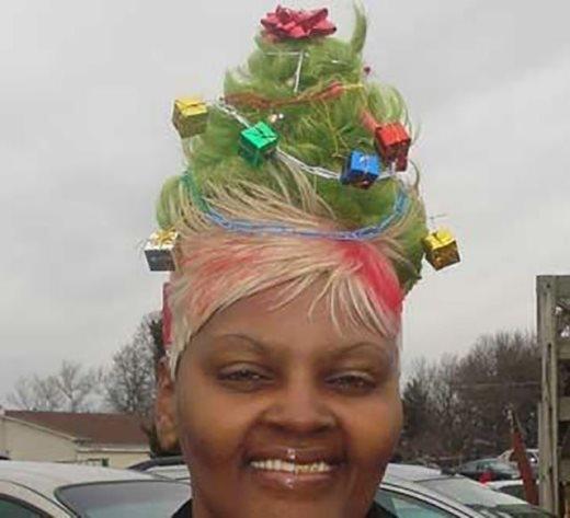 Mái tóc ấn tượng nhất trong Giáng Sinh