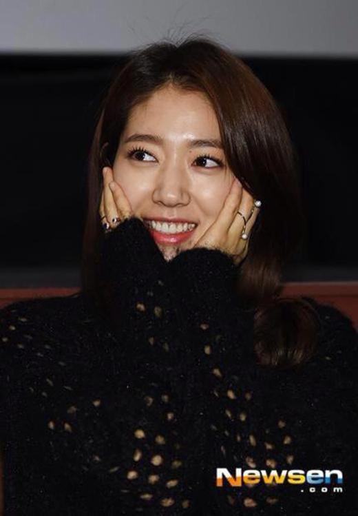 Tạm nghỉ truyền hình, Park Shin Hye 'tung tăng' quảng bá phim điện ảnh