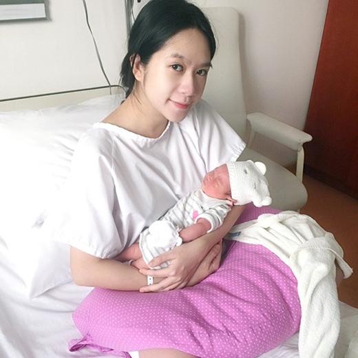Minh Hà nhanh chóng hồi phục sức khỏe sau khi sinh em bé - Tin sao Viet - Tin tuc sao Viet - Scandal sao Viet - Tin tuc cua Sao - Tin cua Sao
