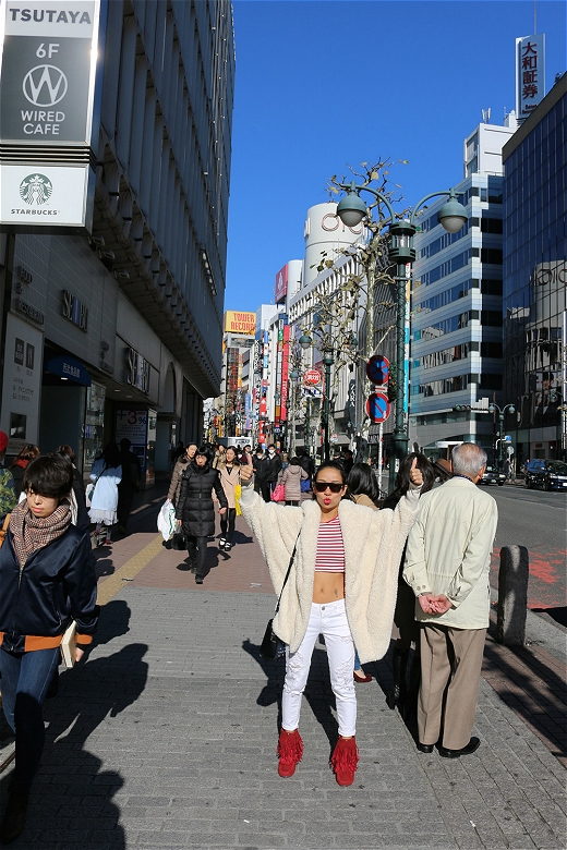 Sau những ngày tập luyện căng thẳng với liveshow Tôi tỏa sáng, Thảo Trang cùng bạn trai tự thưởng một chuyến du lịch đến Nhật Bản. - Tin sao Viet - Tin tuc sao Viet - Scandal sao Viet - Tin tuc cua Sao - Tin cua Sao