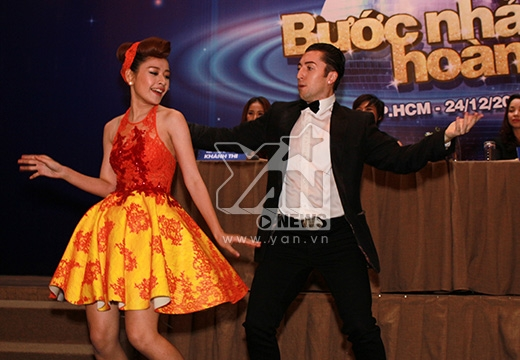 Chi Pu cùng bạn nhảy - Tin sao Viet - Tin tuc sao Viet - Scandal sao Viet - Tin tuc cua Sao - Tin cua Sao