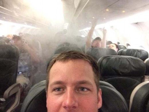 Chụp ảnh khu máy bay gặp sự cố
