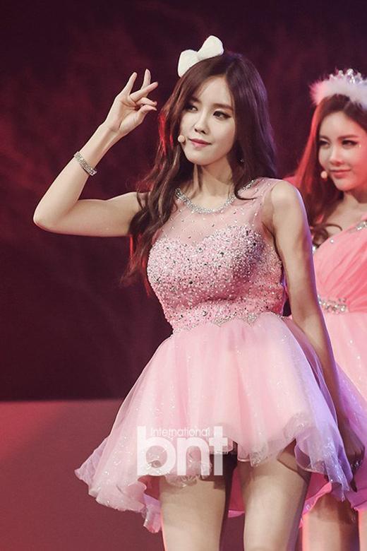 T-ara nức nở trong concert đầu tiên tại Hàn Quốc