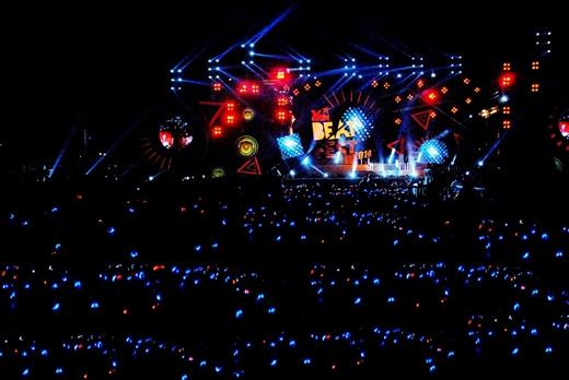 Biển người say âm nhạc trong Beatfest 2014