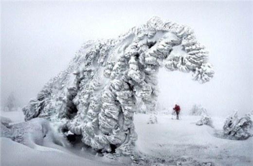 Lần đầu tiên Sergey được chiêm ngưỡng khung cảnh tráng lệ này của thiên nhiên là khi 12 tuổi. Ngay trong lần đầu tiên đó, tôi đã bị băng tuyết và sự lạnh giá của nơi đây mê hoặc.