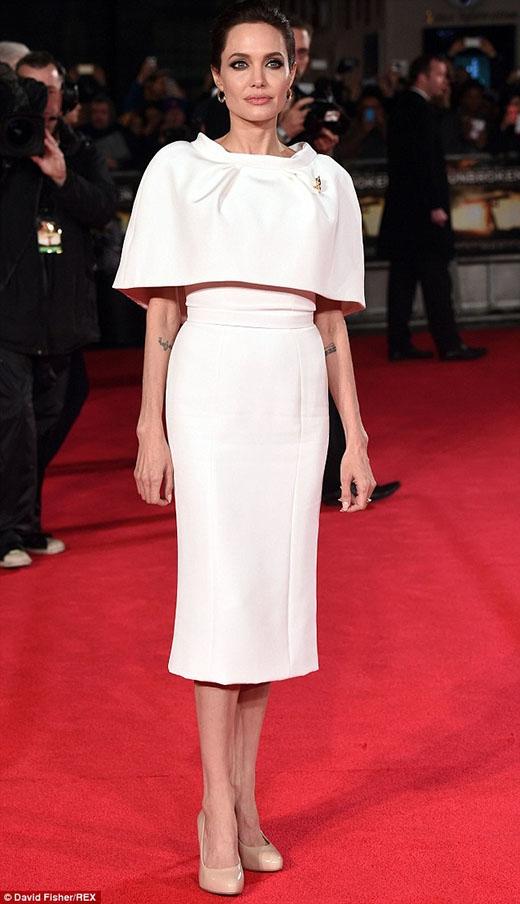 Angelina Jolie nhận được quà Giáng sinh ngoài sức tưởng tượng