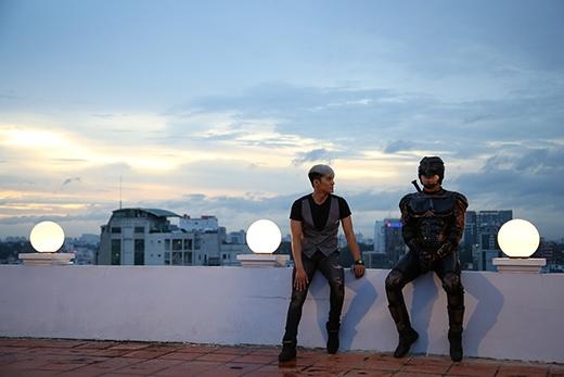 Lâm Vinh Hải cũng có mặt trong phim với vai diễn là bạn thân của Siêu nhân X - Tin sao Viet - Tin tuc sao Viet - Scandal sao Viet - Tin tuc cua Sao - Tin cua Sao