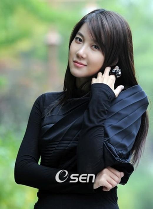 'Cặp đôi chú cháu' Rain và Krystal sẽ không tham dự SBS Drama Award 2014