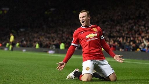 Rooney lập cú đúp bàn thắng vào lưới Newcastle
