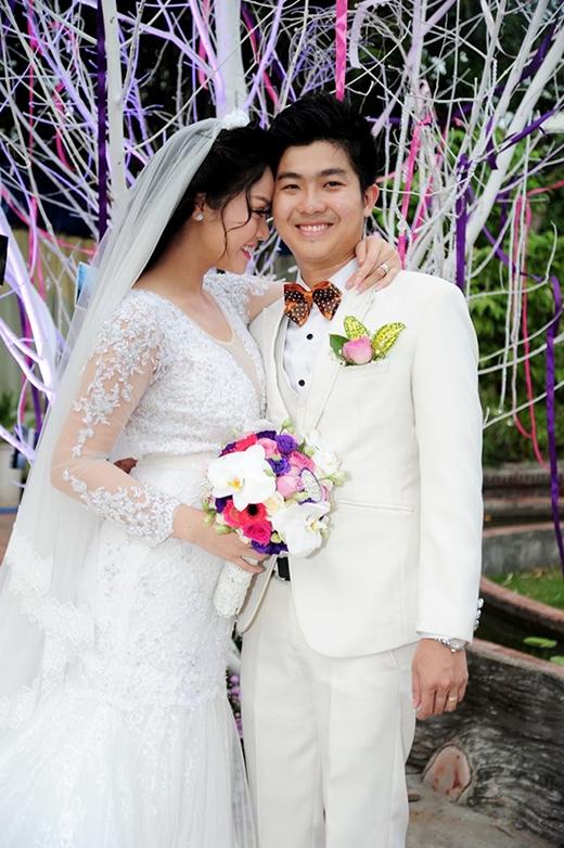 Cô dâu Nhật Kim Anh diện váy cưới màu trắng lộng lẫy - Tin sao Viet - Tin tuc sao Viet - Scandal sao Viet - Tin tuc cua Sao - Tin cua Sao