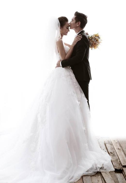 Ngắm trọn bộ ảnh cưới lãng mạn của Lê Thúy - Tin sao Viet - Tin tuc sao Viet - Scandal sao Viet - Tin tuc cua Sao - Tin cua Sao