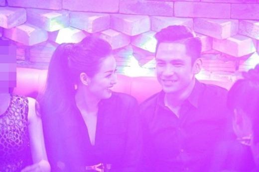 Tâm Tít và chồng sắp cưới lần đầu bị bắt gặp vào đầu tháng 11 vừa qua. - Tin sao Viet - Tin tuc sao Viet - Scandal sao Viet - Tin tuc cua Sao - Tin cua Sao