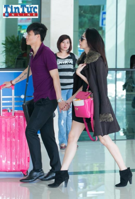 Sự xuất hiện của cặp Beck-Vic Việt thu hút sự chú ý của mọi người - Tin sao Viet - Tin tuc sao Viet - Scandal sao Viet - Tin tuc cua Sao - Tin cua Sao