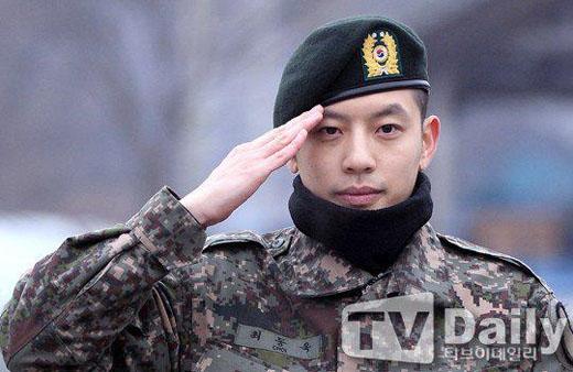 Se7en xin lỗi fan ngay sau khi xuất ngũ
