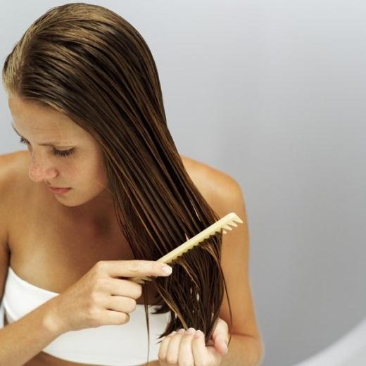 Những lưu ý khi chải tóc ít người biết